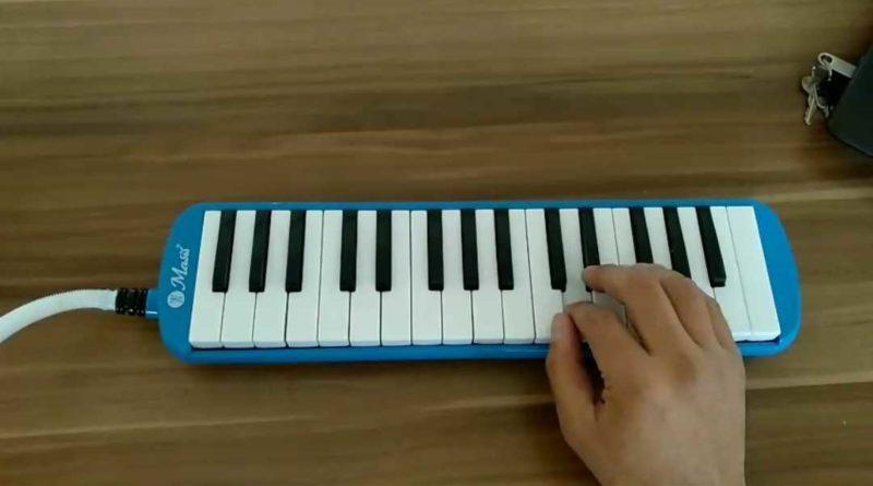 Sayfa32 Tuna nehri akmam diyor(Plevne Marşı) Melodika ile çalınışı 8. Sınıf Müzik dersi kitabı